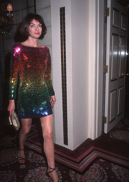 Dec. 1990: Rocking the sequined minidress at a screening.
