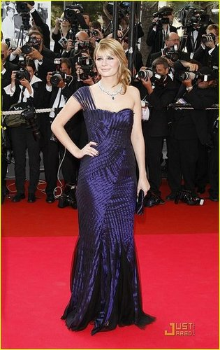 Mischa Barton Does the Cannes Cannes