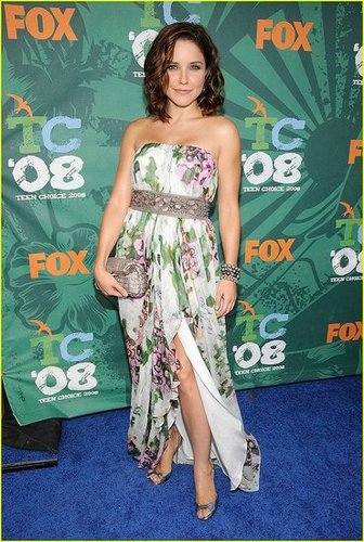 Yay or nay: Sophia Bush