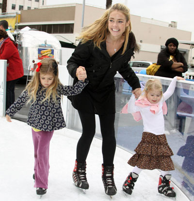 Skating Is Not Complicated For Denise Richards