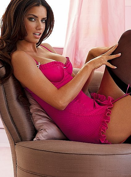 Victoria&#039;s Secret - Satin garter slip