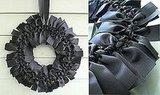 DIY: Halloween Ribbon Wreath