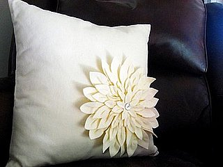DIY:  Amy Butler Snow Mum Pillow