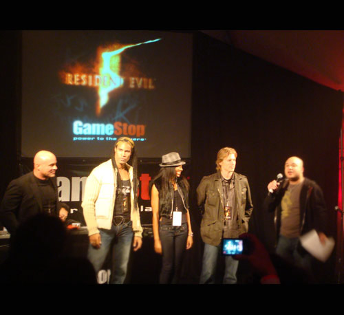 The actors that voiced <b>RE5's</b> characters were there to mingle with the gamers.