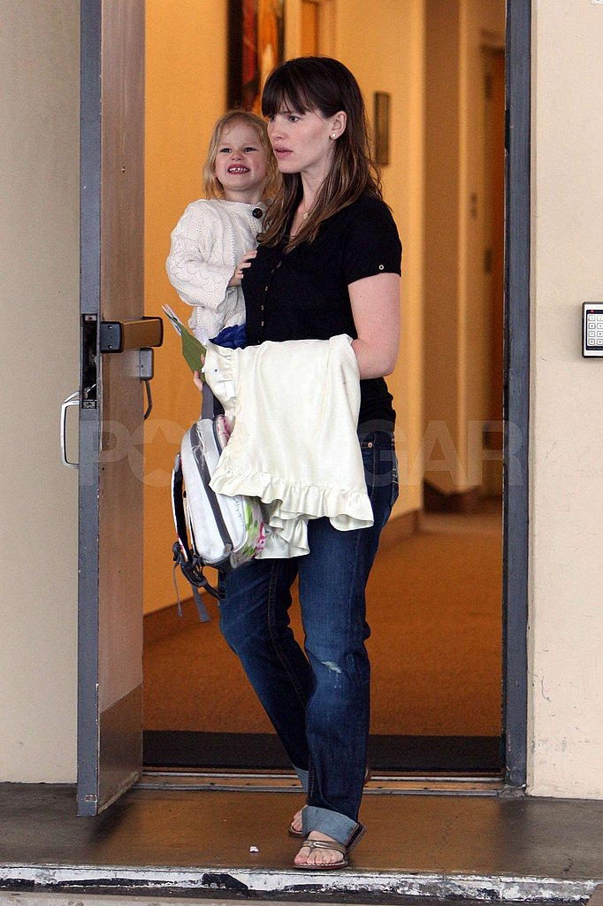 Jennifer Picks Up Violet From School