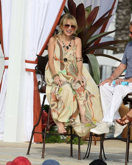 Nicole Visits Regis and Kelly in Miami