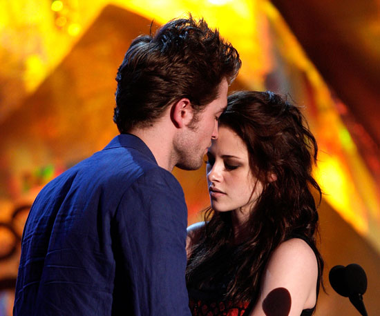 Condensed Sugar: Twilight Takes the MTV Movie Awards