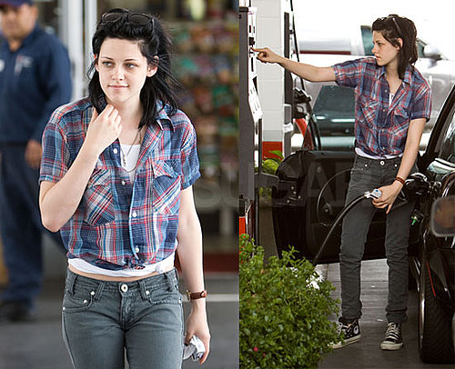 Photos of Kristen Stewart Who Is Nominated For Teen Choice Awards For Choice Movie Actress and Choice Liplock With Robert