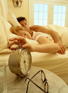 Hitting Snooze Button Doesn't Help With Sleep Deficit