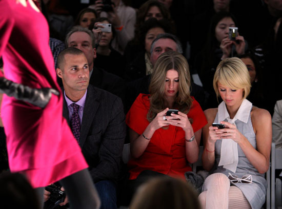 Paris and Nicky Are Nonstop Texters; No, Really, Nonstop