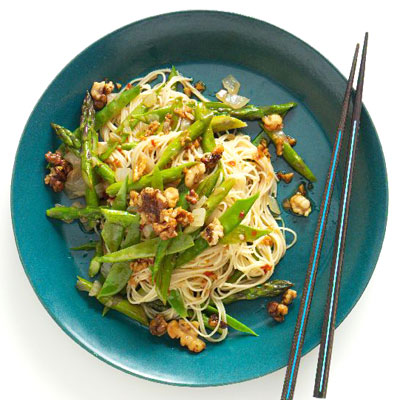 Sunday Dinner: Spring Noodle Stir-Fry