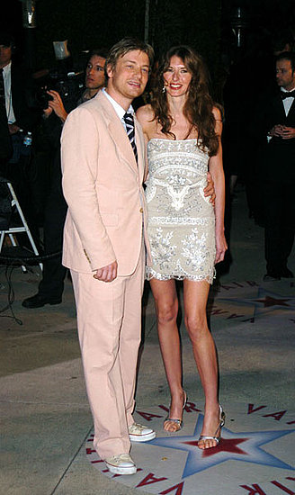 At the 2005 Vanity Fair Oscar party, Jamie demonstrates that real men wear pink. As usual, his gorgeous wife, Jools, is by his side.