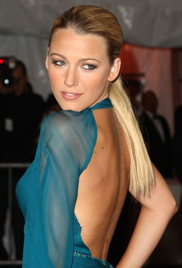 Blake Lively's Hair and Makeup at the Met's Costume Institute Gala