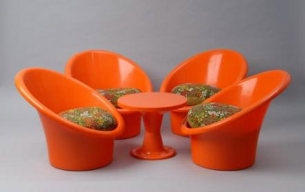 "This garden set, ""Skopa,"" simply screams '70s, and indeed, it is from 1974.  Source"