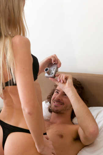 Good Idea or Bad Idea: Snapping Nude Photos