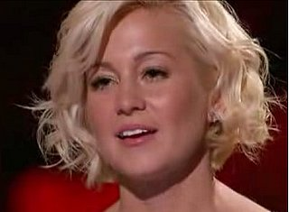 Kellie Pickler: Dumber Than a 3rd Grader?