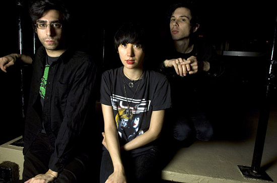 "Music Video: Yeah Yeahs Yeahs, ""Down Boy"" Live"