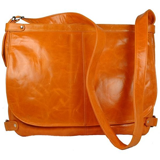 Great Geek Gear Find: Faye Laptop Messenger Bag