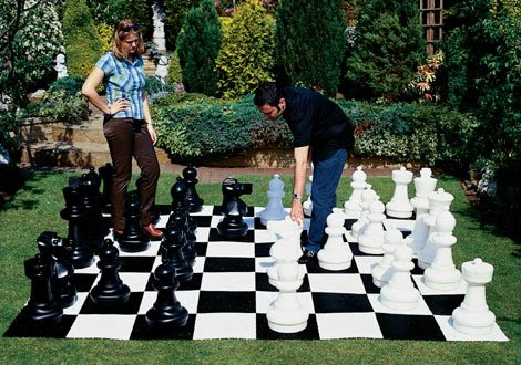Lifesize Chess Sets Help You Get Your Game On