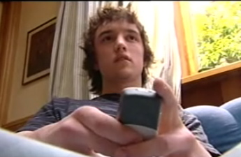 New Fastest Texting Record Set by Teen