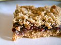Yummy Link: Berry Oatmeal Crumble Bars