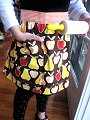 Yummy Link: Make Your Own Lined Apron