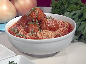 Sunday Dinner: Maroni's Spaghetti and Meatballs