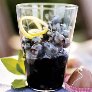Unusual Dessert: Blueberries in Wine