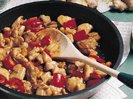 Fast & Easy Dinner: Spicy Peanut Chicken