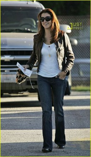 kate walsh and her best outfit!
