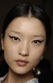 Paris Fashion Week Beauty: The Look at Louis Vuitton