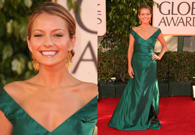 The Golden Globes Red Carpet: Becki Newton