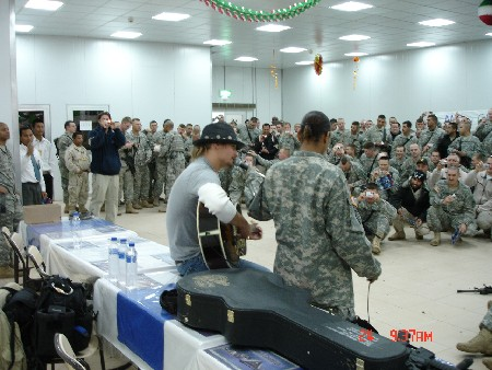 KR_plying_for_Soldier_of_the_4th_BCT_25th_2.JPG
