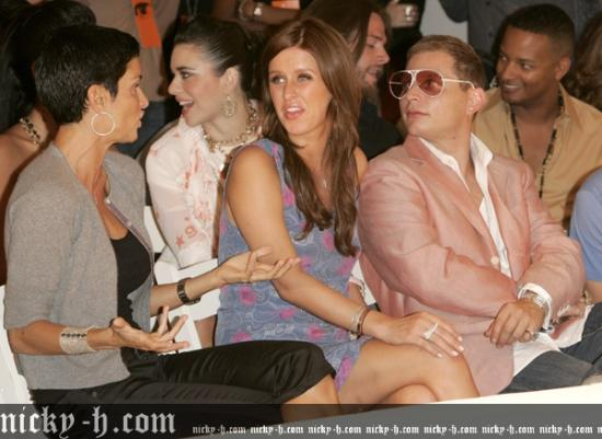 Miami_Fashion_Week_2006_-_The_Heatherette_004