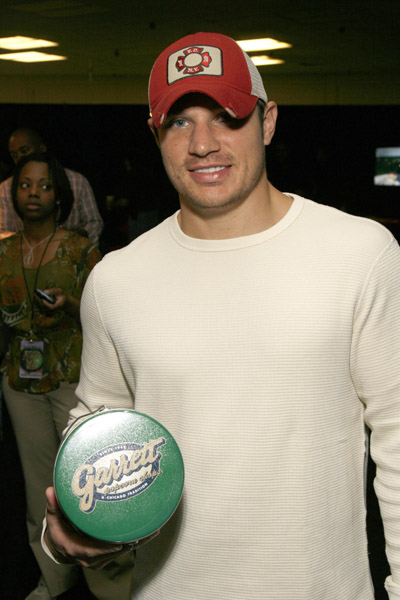 NickLachey_Mark _11886808_600