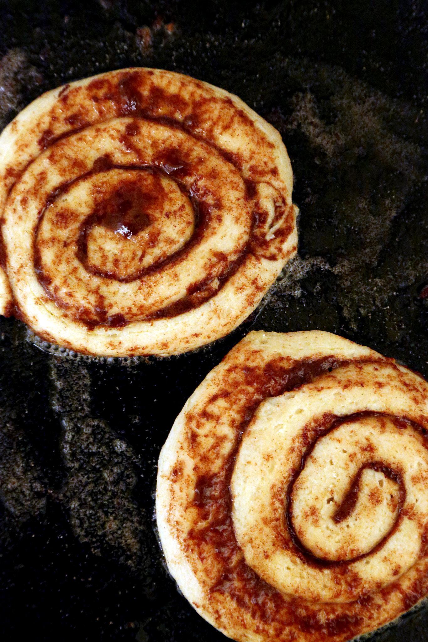 Easy Cinnamon Roll Pancakes Recipe